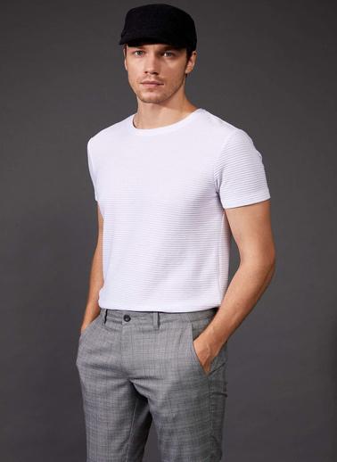 DeFacto Bisiklet Yaka Slim Fit Basic T-shirt Beyaz